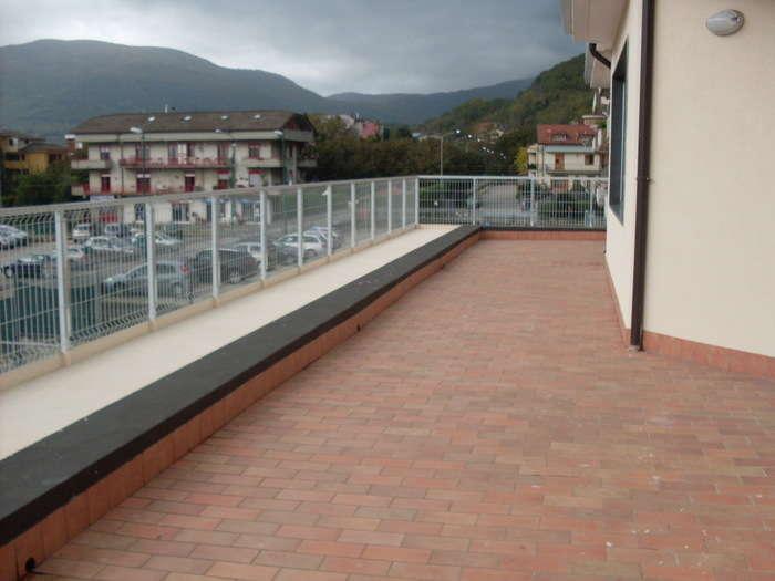 Affitto stabile/palazzo Avellino