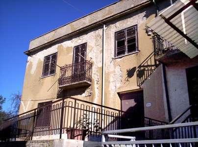 Vendita stabile/palazzo Cosenza