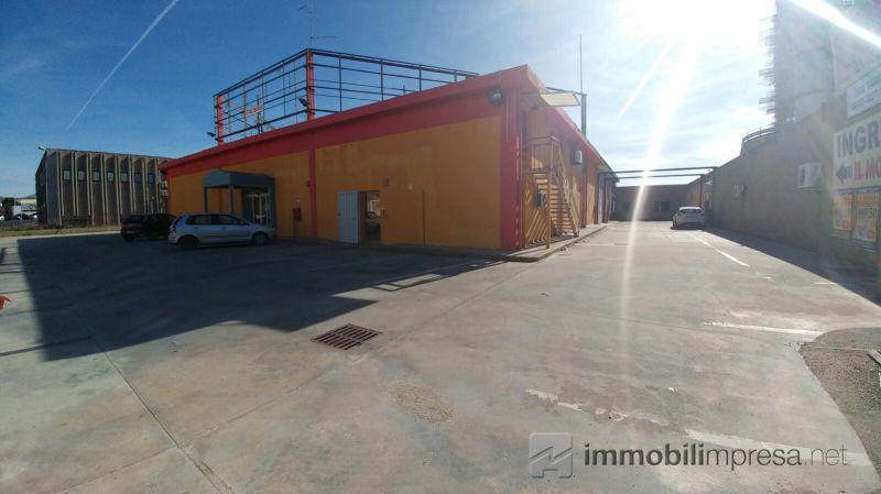 Affitto capannone/magazzino Sassari